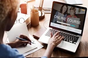 6 وبسایت برتر آموزش آنلاین | تهران کردیت کارت